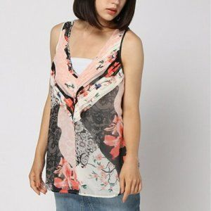 Guess Mixed Floral Abril Pleated  V Neck Top